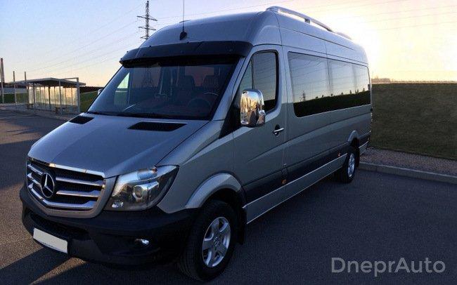 Микроавтобус Mercedes Sprinter VIP